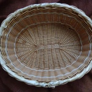 Woven Reed Basket Oval Tan Braided Band